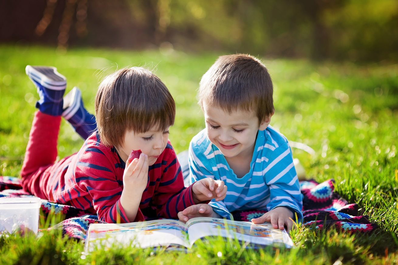 Centre takes a love of reading to the great outdoors
