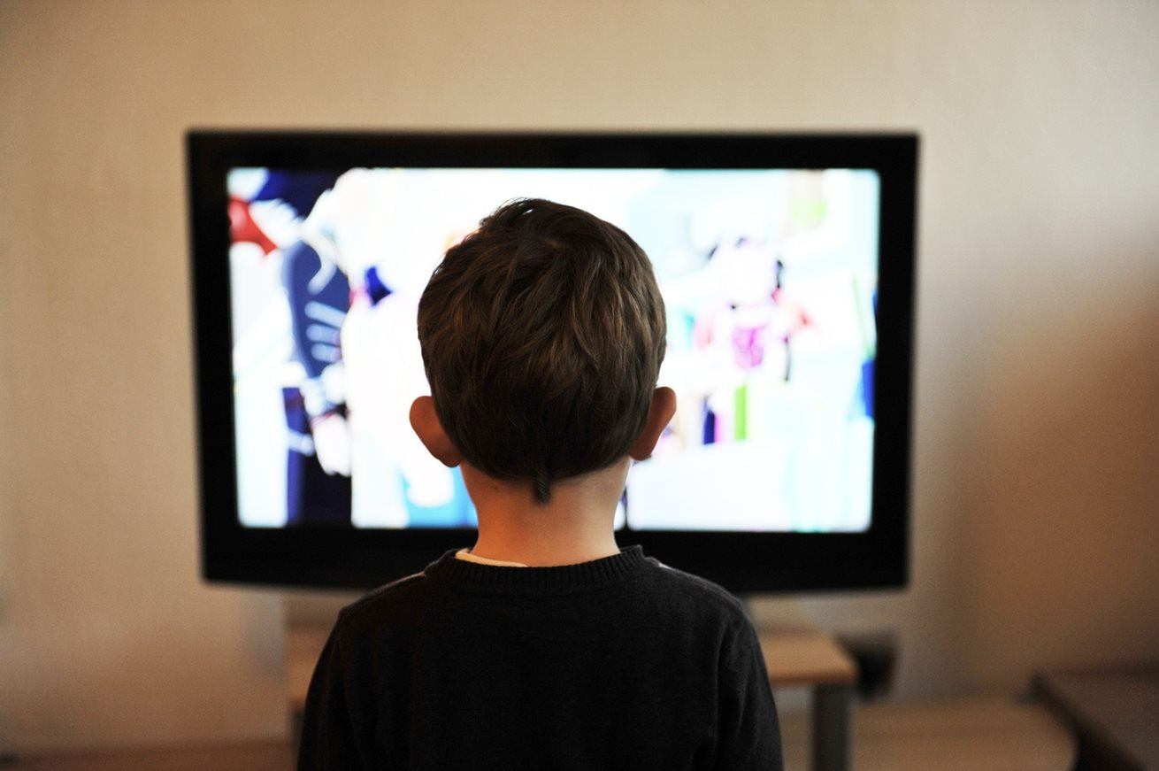 Are children affected by traumatic news coverage?