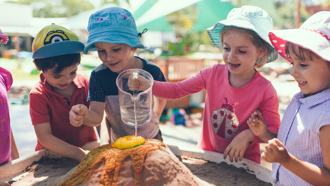 Why 3-5 year olds learn best through play | Goodstart